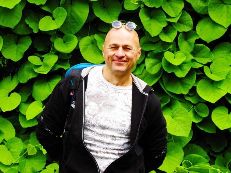 Киев, ботанический сад, 2018 год,семинар Жени Та'ковского по пробужденной медитации