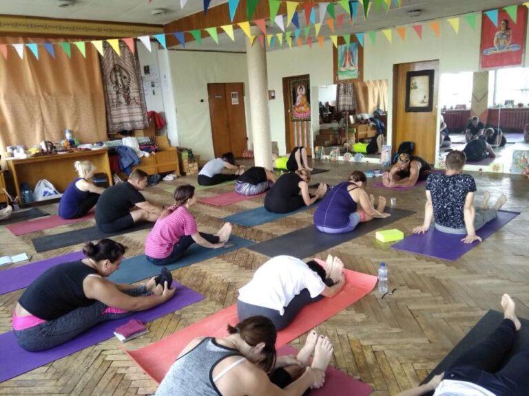 Дрогобич, Студия Yoga Balance, 2018 год, семинар Жени Та'ковского по ригпа-йоге