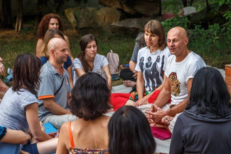 Ступа на острове Хортица, 2018 год, занятие Жени Та'ковского по пробужденной медитации