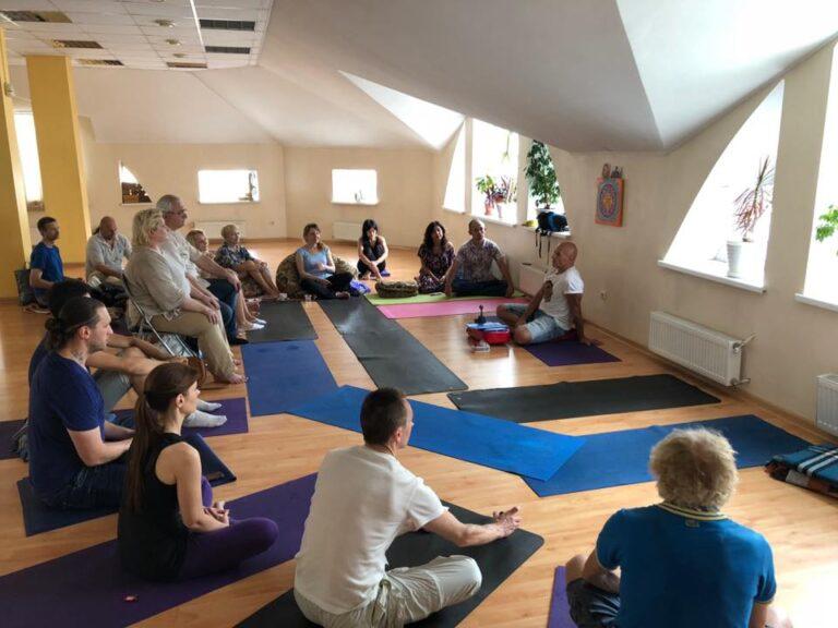 Женя Та'ковский в проекте Ригпа-Йога: ритрит по пробужденной медитации в Харькове